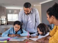 领导力始于家庭父母可以为孩子们建立成功的4种方法