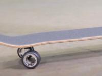 苹果售价700美元的MacPro滑板在滑板上的使用方法