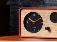 OneClock提供了一种更独立的方式可以在早上轻轻唤醒