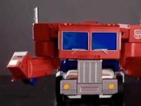 孩之宝推出的售价700美元的全新OptimusPrime玩具终于可以自行改造