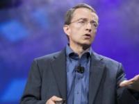 英特尔CEOGelsinger表示全球芯片短缺可能需要数年时间才能解决