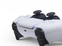 索尼展示了用于索尼PS5游戏机的全新DualSense控制器