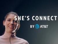 当Verizon模仿其免费的苹果5GiPhone优惠时AT&T以3年的合同移动了目标