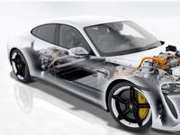 新款保时捷Taycan对品牌首款全电动汽车的技术洞察