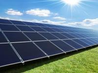 推进千万千瓦级光伏发电平价上网项目建设